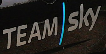 Copyright 17 Tournants - Logo Team Sky - 2ème étape Paris-Nice